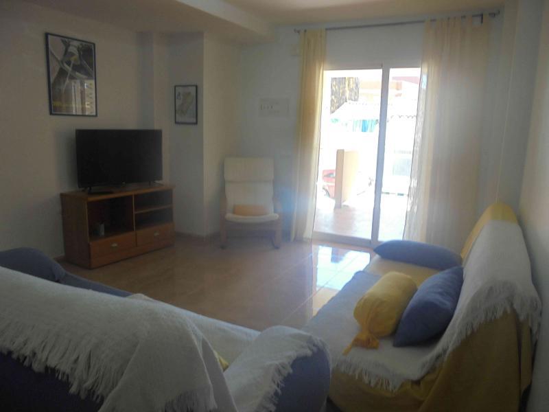 Apartamento en la playa de Moncófar., vacation rental in Almenara