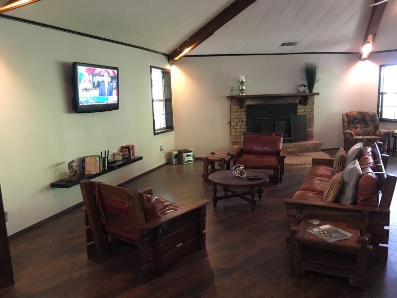 Main Entertainment Room