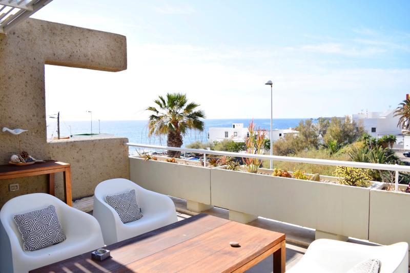Sea view apartment, El Poris, holiday rental in Poris de Abona