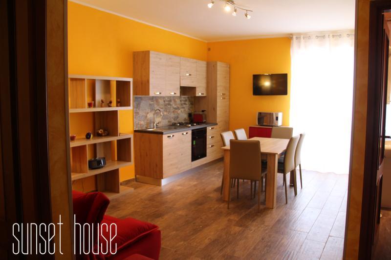 AKTUALISIERT: 2019 - SUNSET HOUSE – Appartement in Alghero ...
