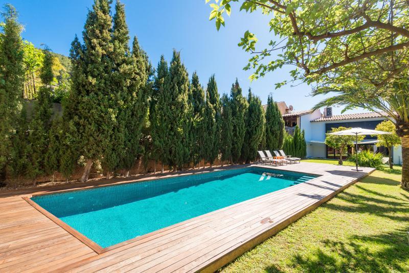 CAN CABRIT - Villa for 6 people in Alaró, vacation rental in Alaró