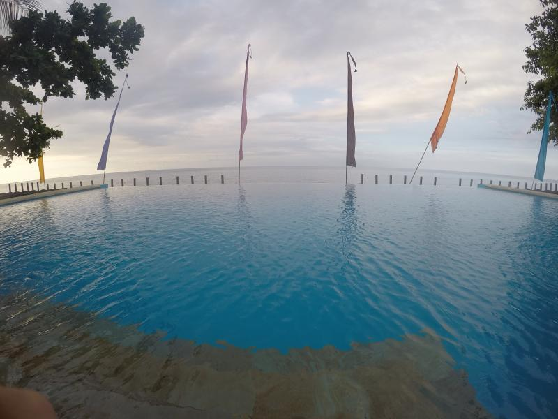 Magical infinity pool