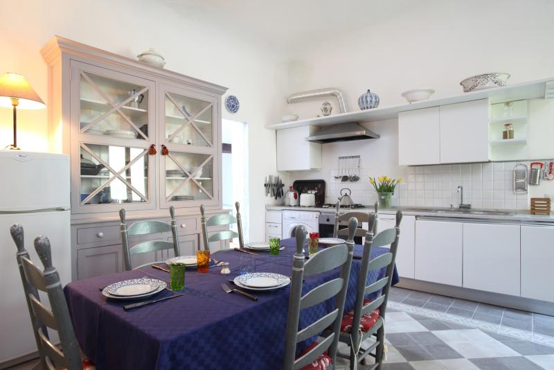 large kitchen seat up to 8 people
