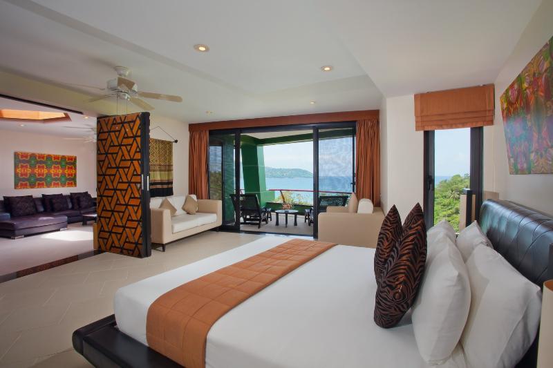 The Aspasia Phuket - 1Bedroom Grand Sea View Suite, aluguéis de temporada em Kata Beach