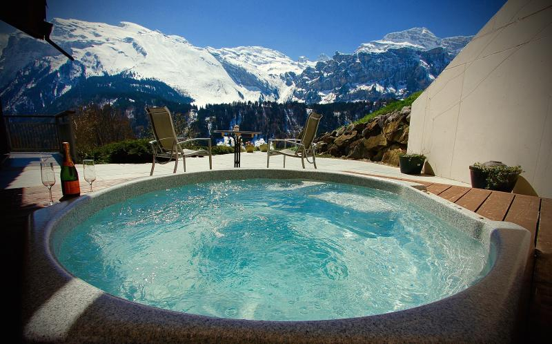 Apartment A  Private Covered HOT TUB with stunning views of the 'Titllis' Mountain (3200m)