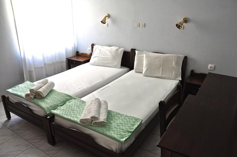 Nice and Cozy modern rooms to rent-Room#3, holiday rental in Gialiskari