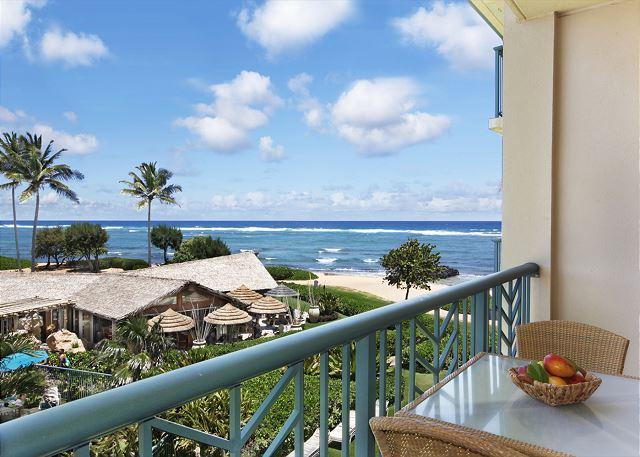 H304 - BEAUTIFUL CORNER OCEAN VIEW **AC** Resort Pool & Restaurant, location de vacances à Kauai