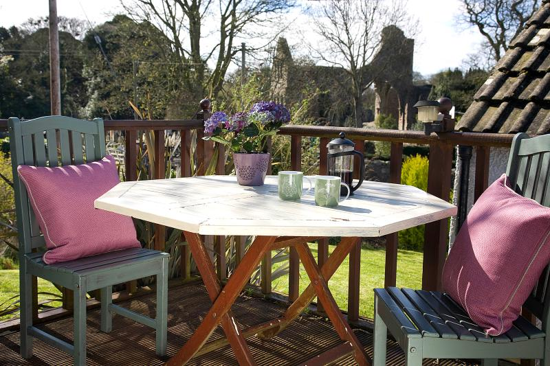 Enjoy fabulous views of the historic abbey from the garden