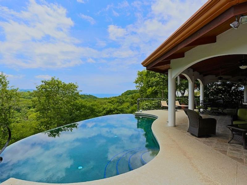 AMAZING OCEAN VIEWS! 'House in the Sky' Monte Paraiso, holiday rental in Playa Hermosa
