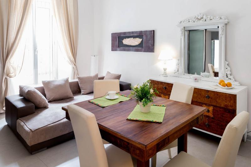 Zefnea house Superior, holiday rental in Catania