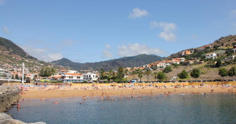 Praia Amarela
