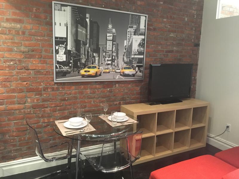 mesa de jantar e Apple TV