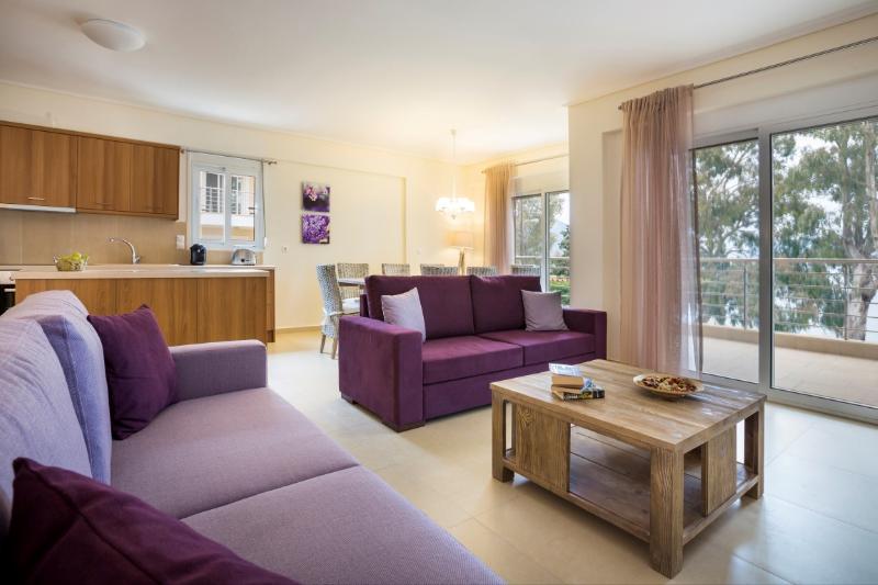 Eucalyptus Apartments - Condo Lotos, holiday rental in Sami