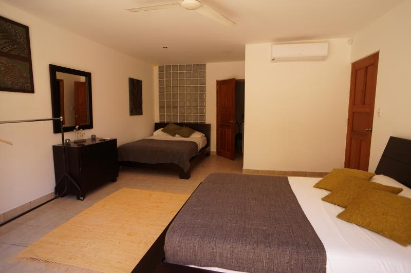 Optional bedroom 4 on first floor with two queen beds & ensuite