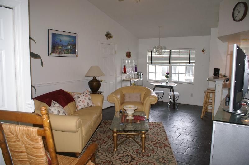 Casa Maria at Paradise Lakes vacation rentals 1 Bedroom 1 Bath with assign covered parking spot.