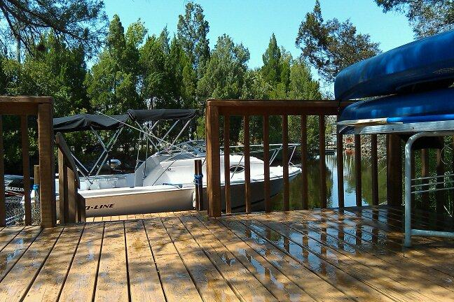 Barco Dock / Decks (barco não está incluído)