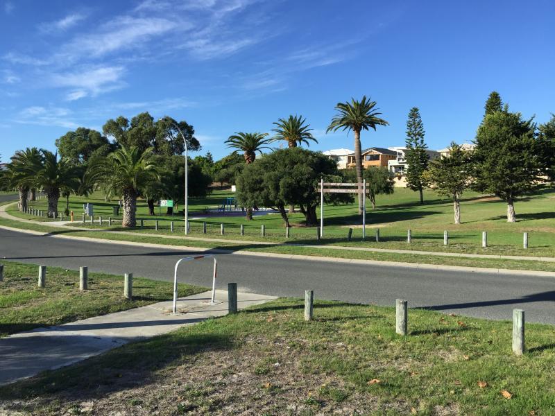 Aristride Park, seconds away