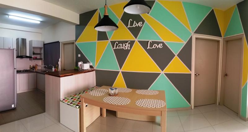 Modern Geometry @ Shah Alam (2r2b), vacation rental in Kuala Selangor