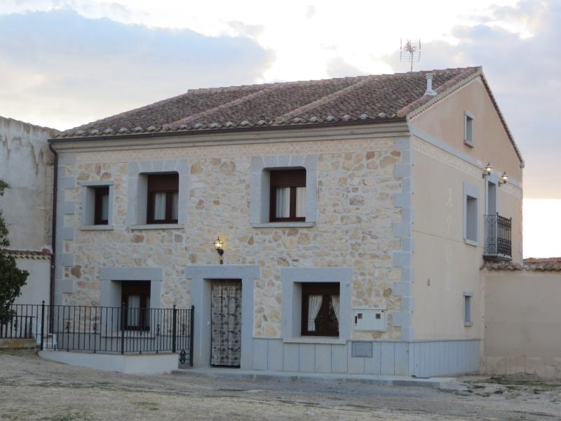CASA RURAL APOL, holiday rental in Abades