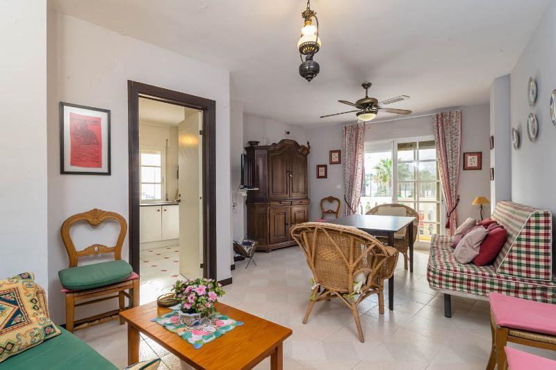 apartamento primera linea de playa salobreña, holiday rental in Salobrena
