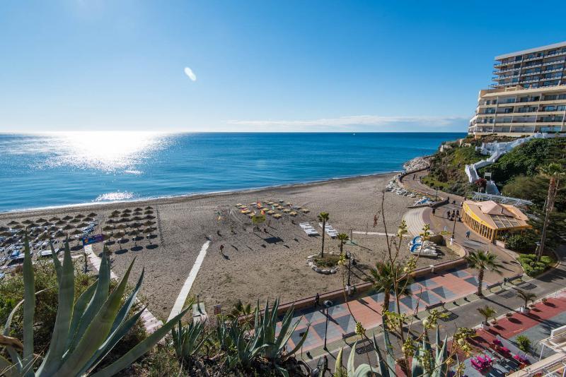 Vistas a Playa ' El Bajondillo '.