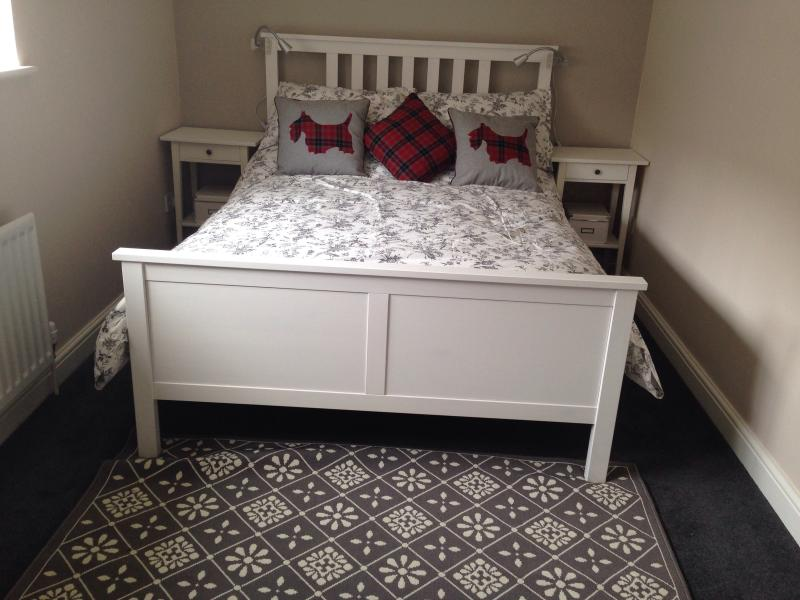 Double bedroom - memory foam mattress.