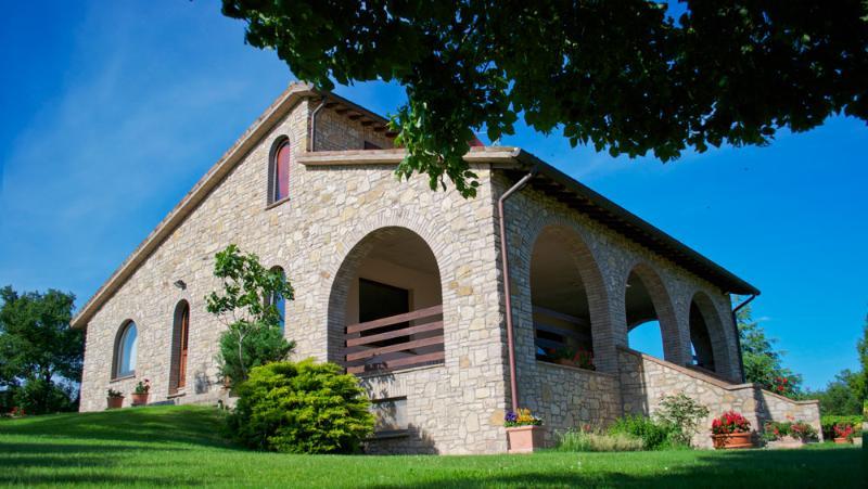 Villa con piscina, Le cantinelle, Todi, Umbria, holiday rental in Fratta Todina