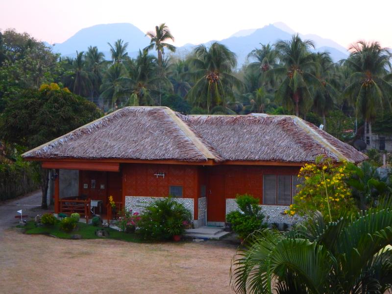 Bela Vista Beach - Seashell Cottage, holiday rental in Negros Island