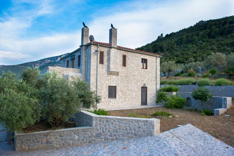 Villa Lavanda e pietra - Epidavros' hidden gem, location de vacances à Epidavros
