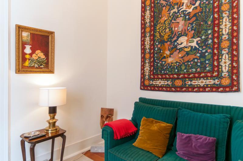 The 3 Sisters Lisbon :: living room