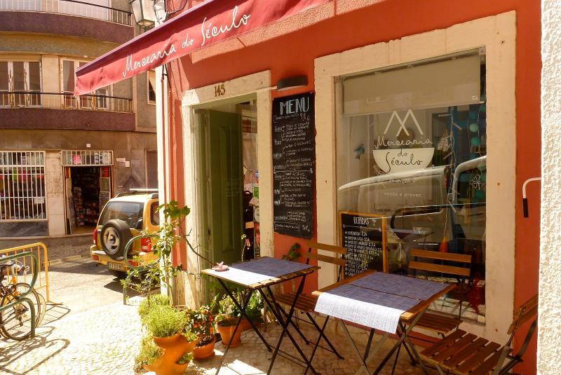The 3 Sisters Lisbon :: surroundings