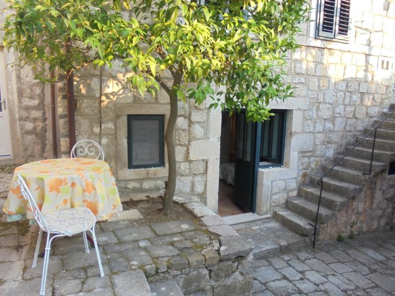Classique-Modern apartment Dubrovnik-Cavtat, alquiler vacacional en Konavle