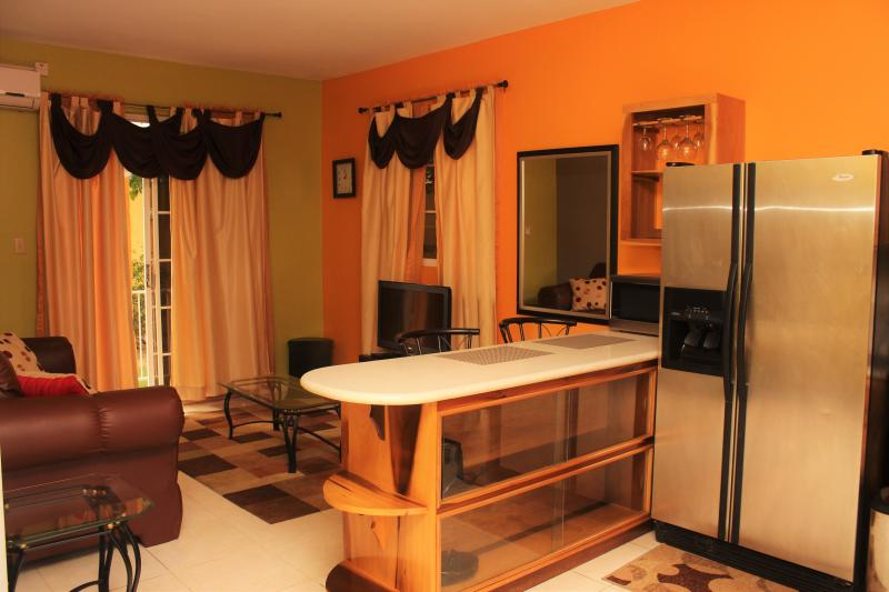Comfortable Cozy Central Apartment Has Balcony and Terrace ...