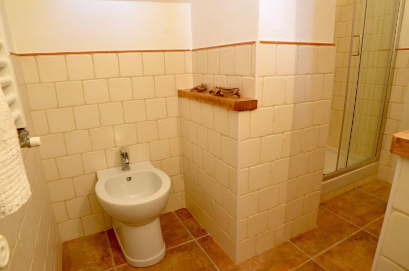 Dettaglio bagno camera Sempreverde