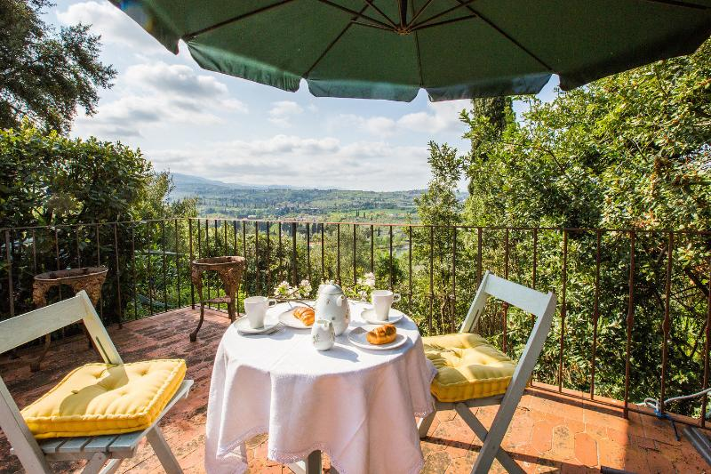 RUSTIC HOUSE FIORENTINA, vacation rental in Florence