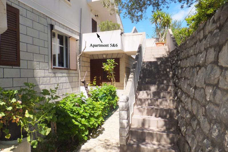 The entrances to the apartments