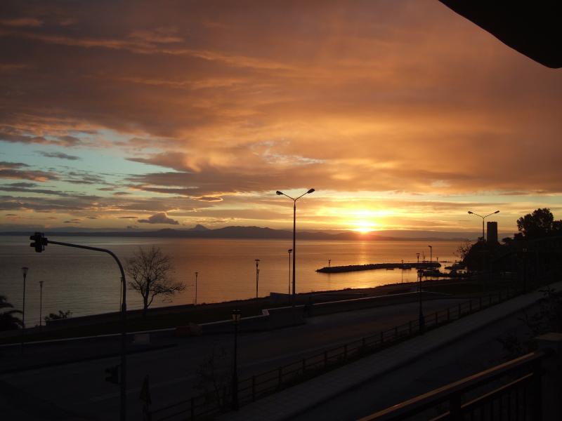 Kiwi Kastle morning sunrise views