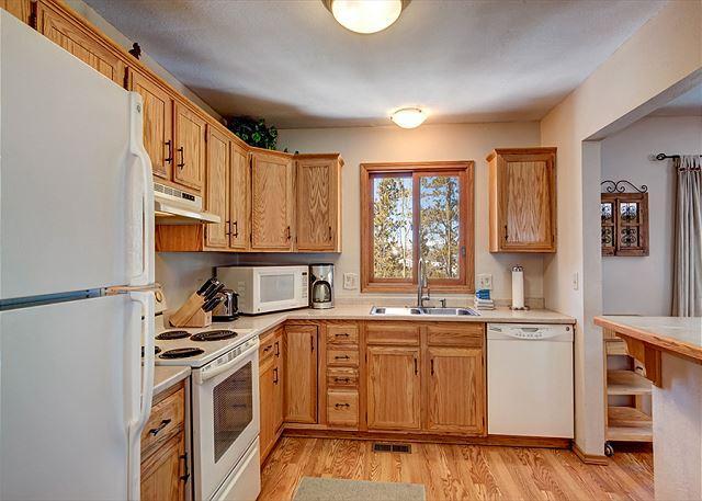 Peak 7 Hideaway Kitchen Breckenridge Lodging Vacation Rentals