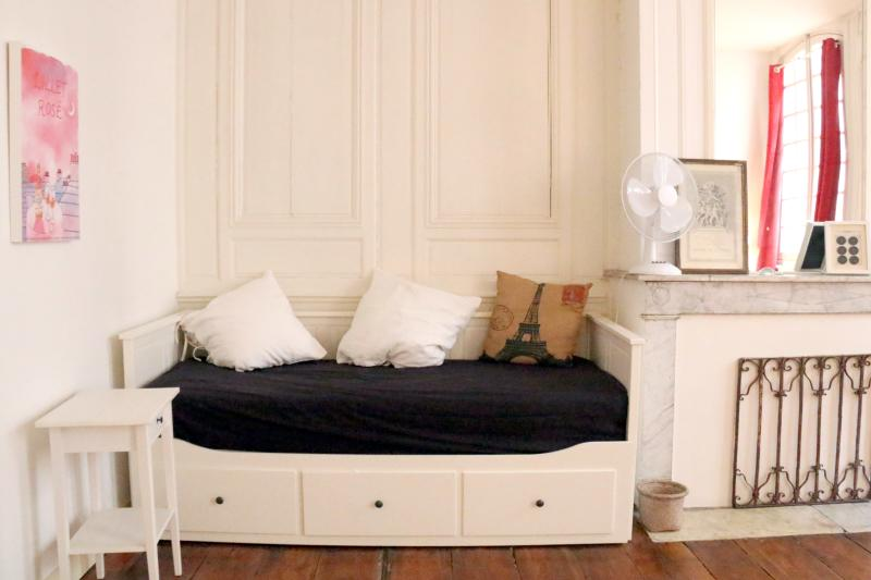 The day bed folds out into a sofa bed, which can sleep another two guests