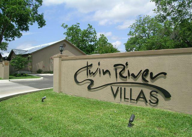 Twin River Villas Front Entrance