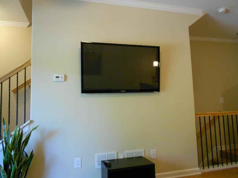 Executive Townhome in Buckhead/Midtown-Long Term, vacation rental in Atlanta