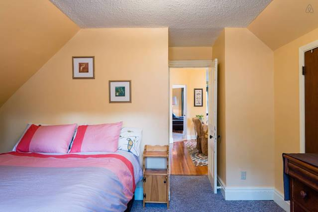 2nd floor - large bedroom with queen size bed located in the back of the house makes for a very quie