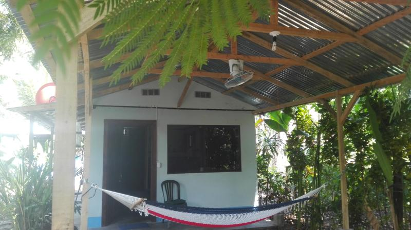 Matapalo Surf School Beach & Cabin, Ferienwohnung in Portalon