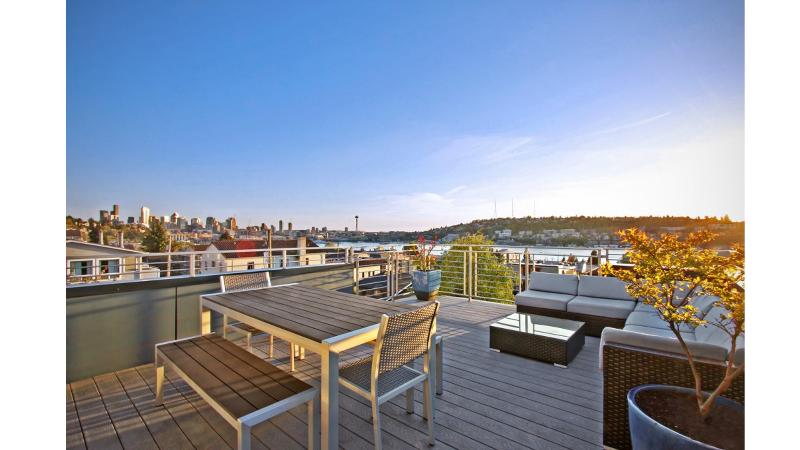 Sweeping Lake and City Views - from your private rooftop!