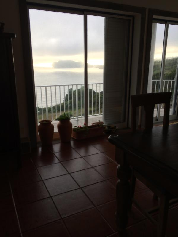 Magnificent Ocean Views from Serretinha, vacation rental in Cabo Da Praia