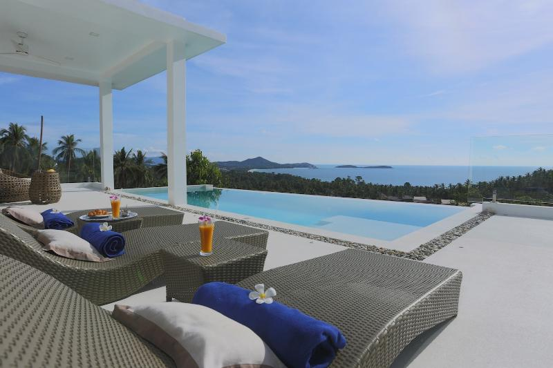 Villa INDIGO 3 Chambres - Chaweng Noi, aluguéis de temporada em Chaweng