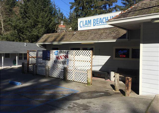 Clam Beach Inn Tavern