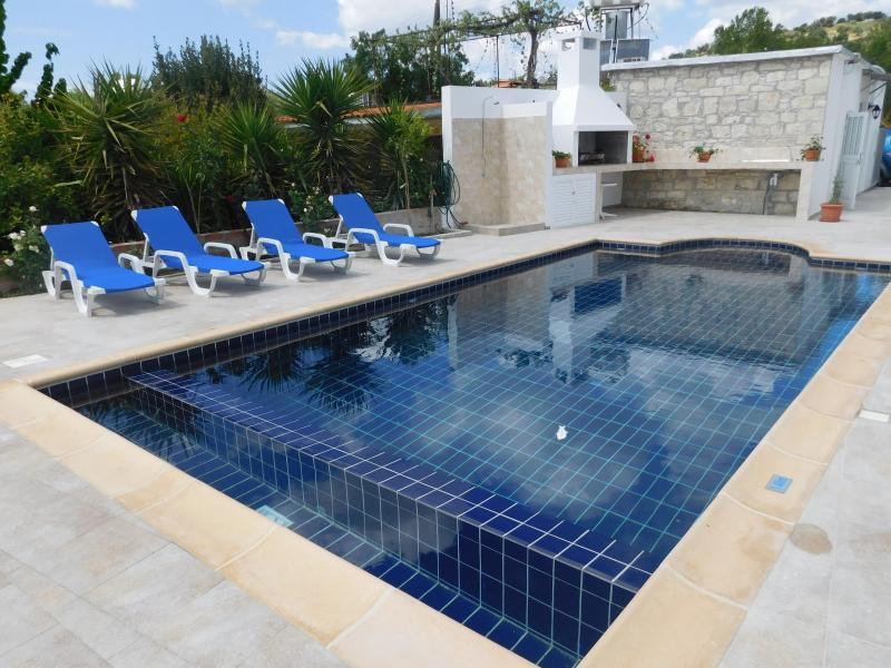 Antigoni's Cottage fully equipped with swimming pool and barbecue facilities.