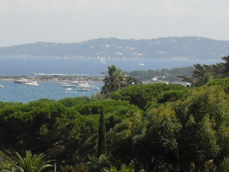 T2/MULTIPROPRIETE/5 PERS/ 2éme quinzaine Août, holiday rental in Sainte-Maxime