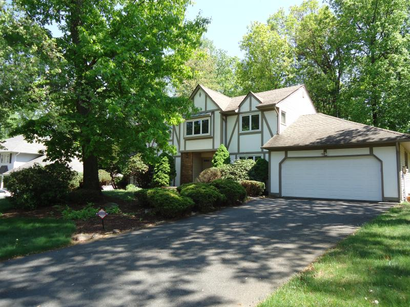 2 car garage, double wide long driveway, street parking is also available